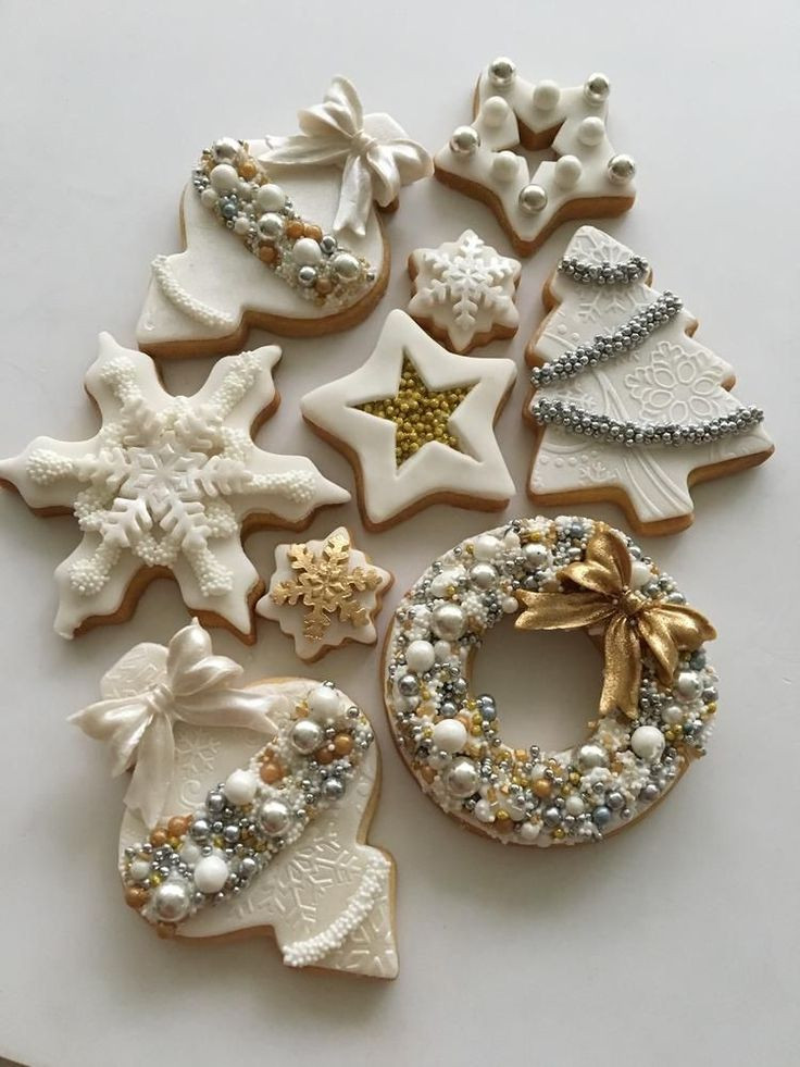 Decorated Christmas Cookies Pinterest  17 Best ideas about Decorated Christmas Cookies on
