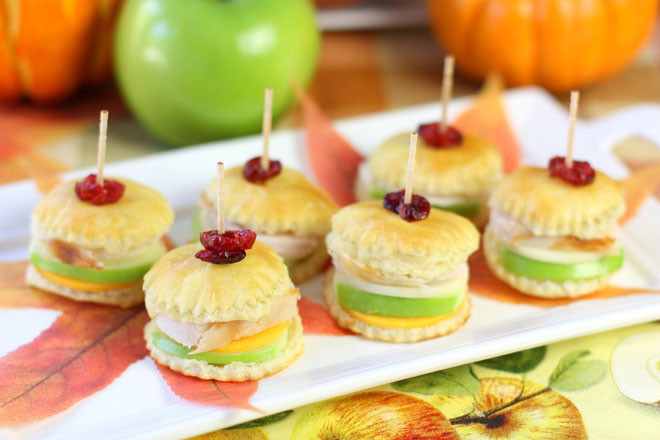 Easy Appetizers For Thanksgiving  Thanksgiving Turkey & Apple Pastry Bites