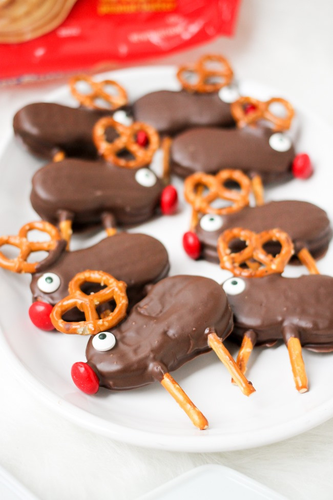 Easy Bake Christmas Cookies  Holiday Reindeer Cookies Domestic Superhero