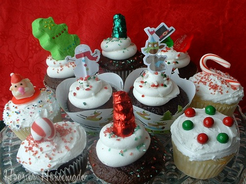 Easy Christmas Cupcakes  Easy Christmas Cupcakes Cupcake Tuesday Hoosier Homemade