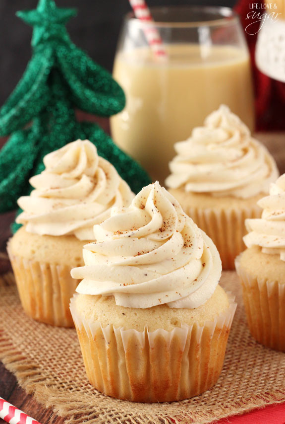 Easy Christmas Cupcakes Recipe  12 Easy Christmas Cupcake Ideas How To Make Christmas