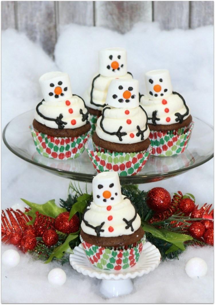 Easy Christmas Cupcakes Recipe  Festive Christmas Desserts Oh My Creative