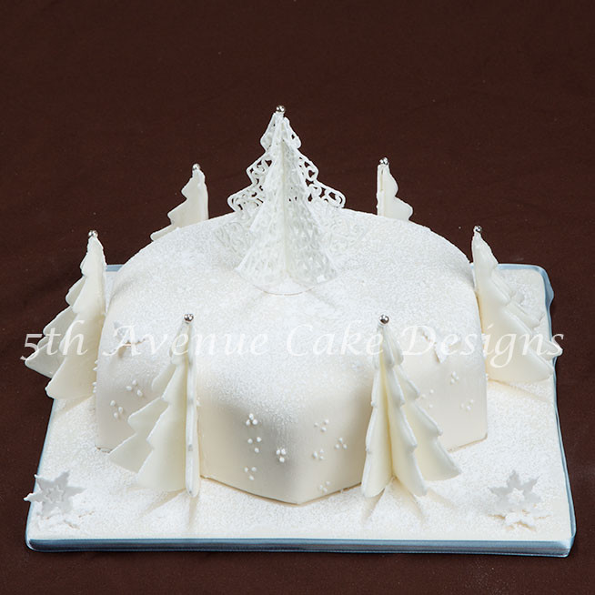 Elegant Christmas Cakes  Winter Wonderland Christmas Cake