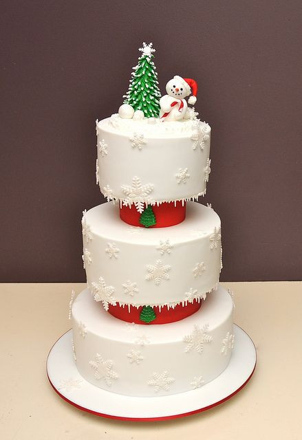 Elegant Christmas Cakes  20 Most Beautiful and Wonderful Christmas Cakes Page 5