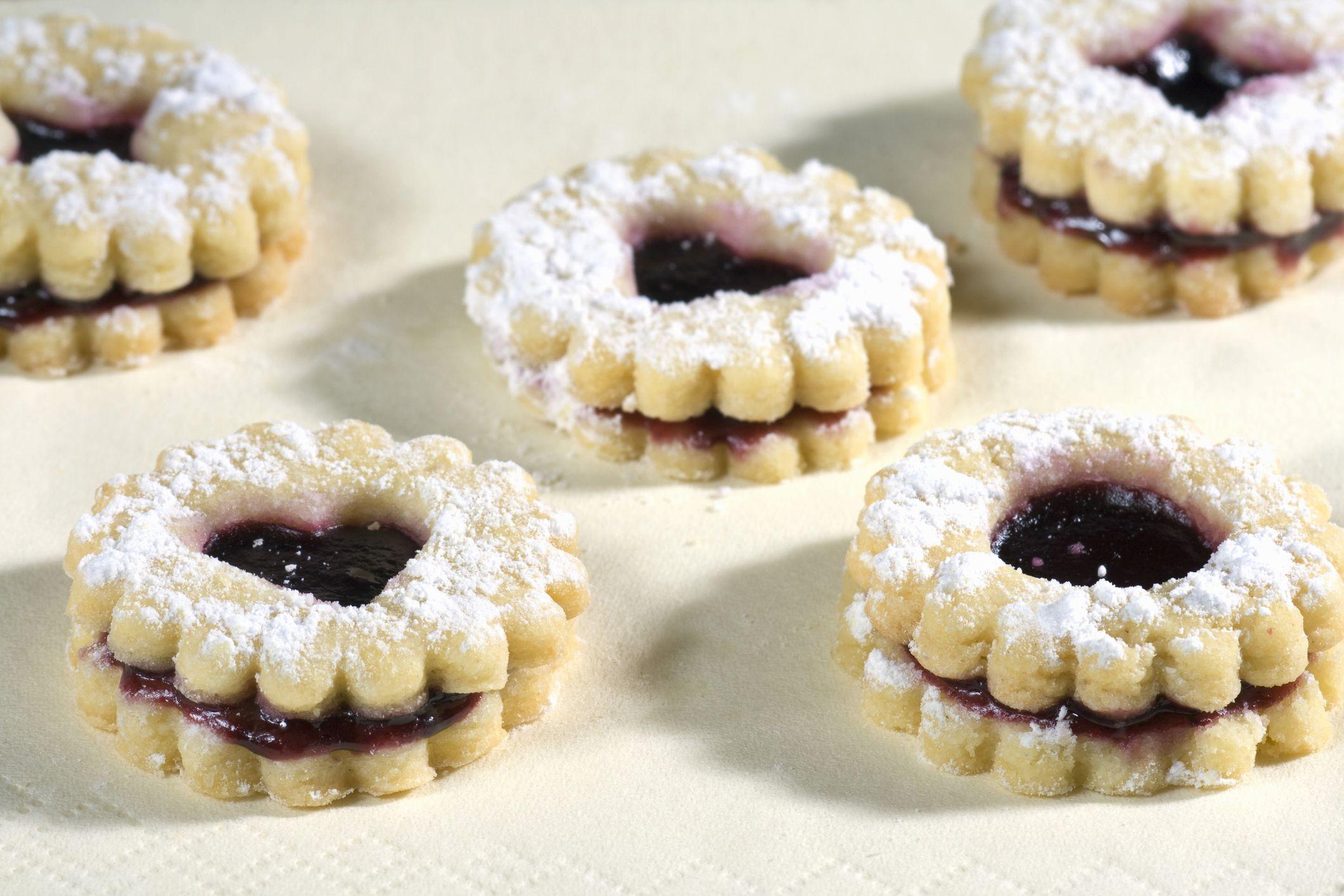 European Christmas Cookies  Eastern European Christmas Cookie Recipes by Country