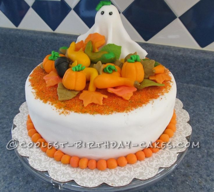Fall Birthday Cake  17 Best ideas about Fall Birthday Cakes on Pinterest