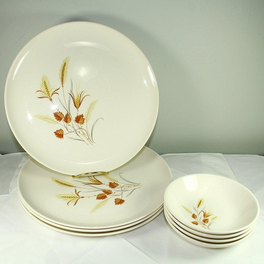 Fall Dinner Plates  Autumn Harvest Vintage Dinnerware Set 4 Dinner Plates 4