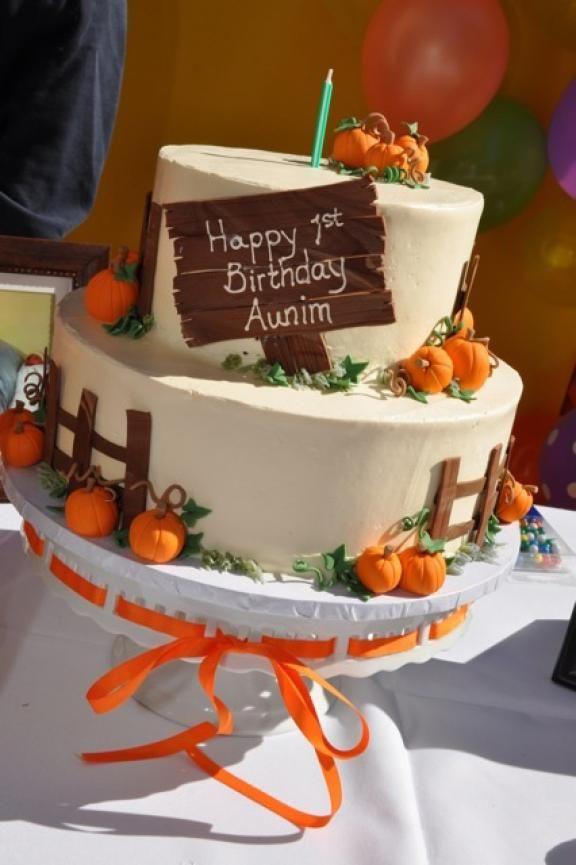 Fall Themed Birthday Cake  Best 25 Fall birthday cakes ideas on Pinterest