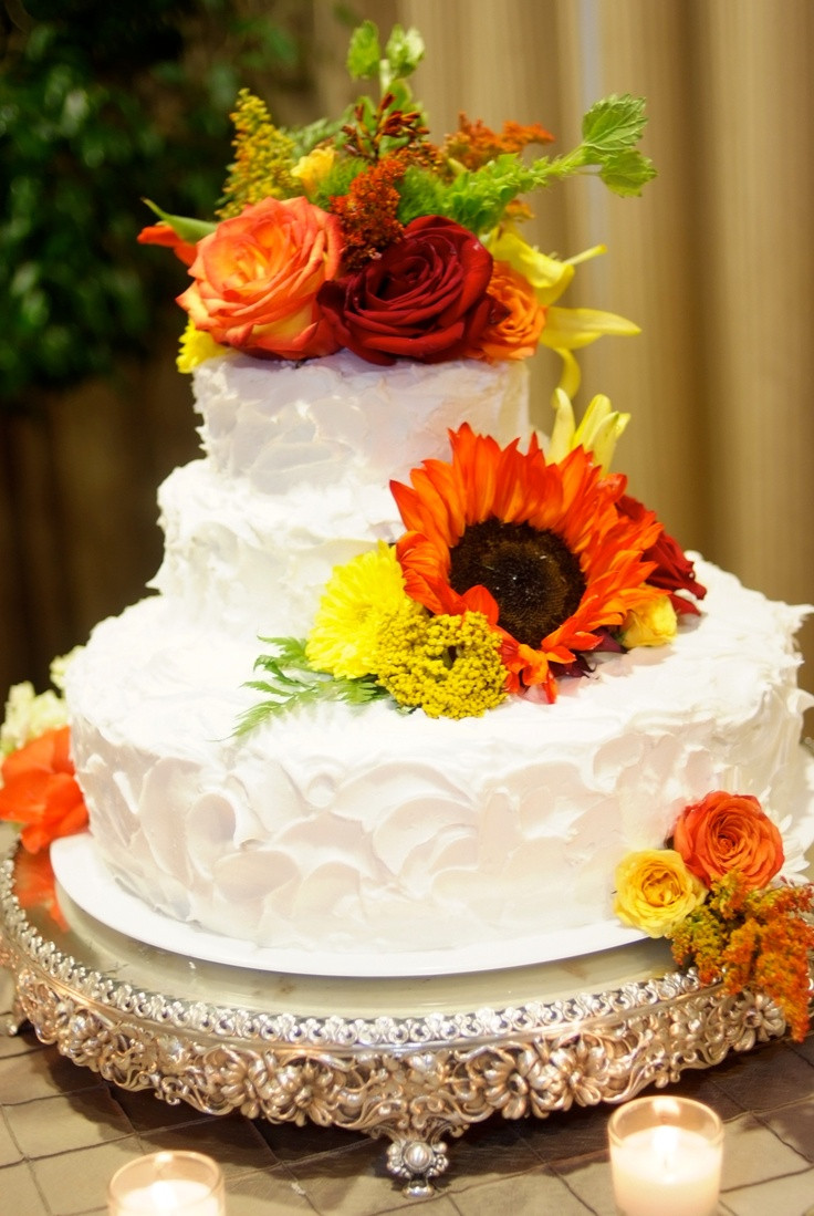 Fall Wedding Cakes Pictures  49 best images about Fall Wedding Cakes on Pinterest