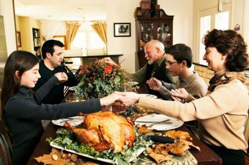 Family Thanksgiving Dinner  Dinner Talk