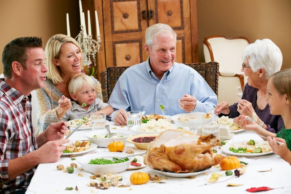 Family Thanksgiving Dinner  3 Reasons Cabin Rentals in Gatlinburg TN are Great