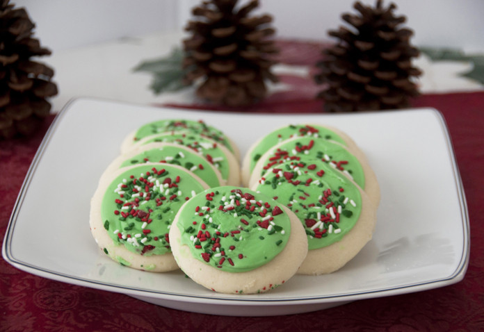 Frosted Christmas Cookies  Lofthouse Style Frosted Sugar Cookies