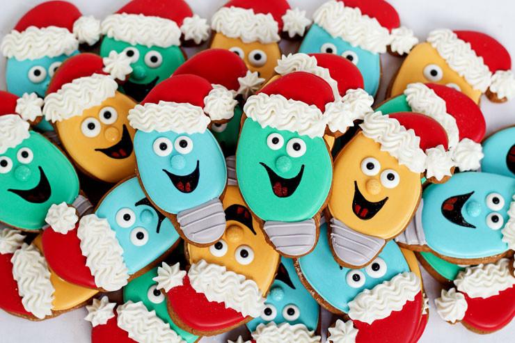 Fun Easy Christmas Cookies  Christmas Light Cookies with a Santa Hat