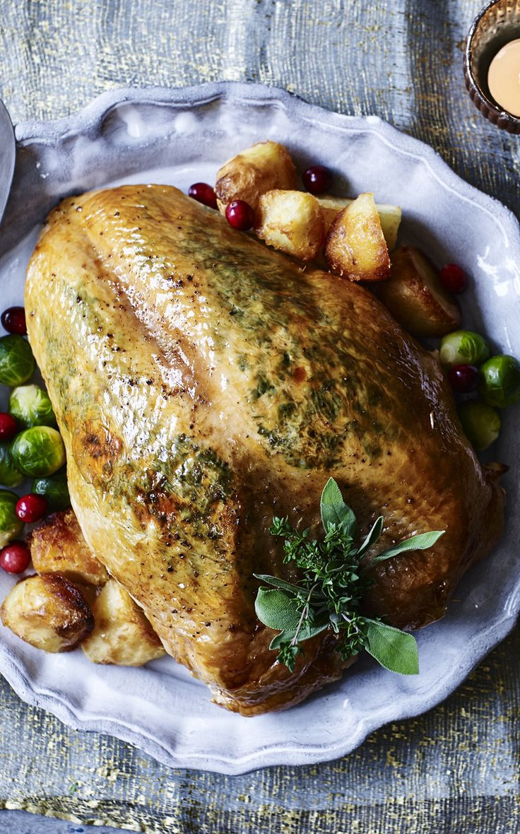 Gordon Ramsay - Christmas Turkey With Gravy  17 Best images about Christmas dinner recipes on Pinterest