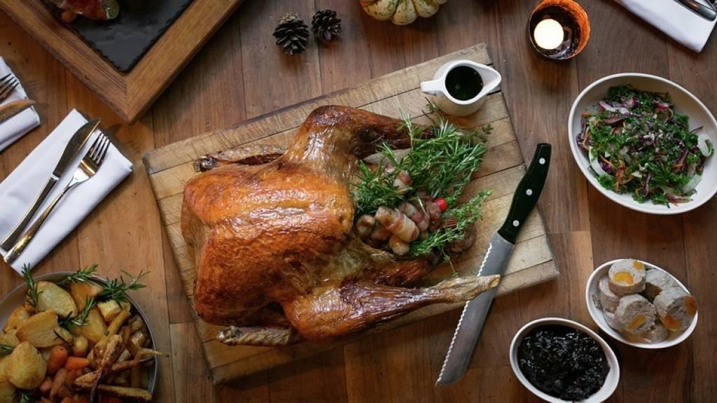 Gordon Ramsay - Christmas Turkey With Gravy  gordon ramsay turkey gravy recipe