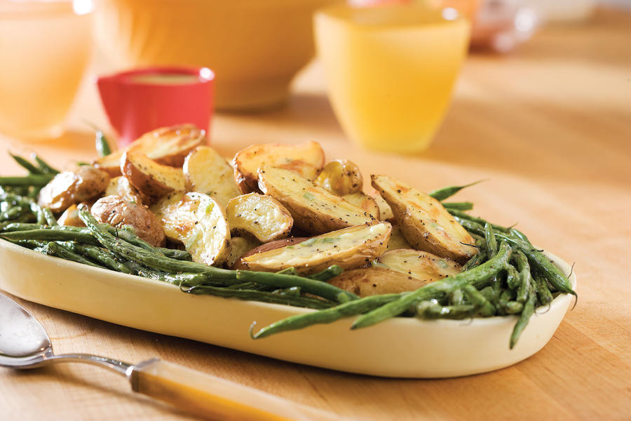 Green Thanksgiving Side Dishes  Roasted Fingerlings and Green Beans With Creamy Tarragon