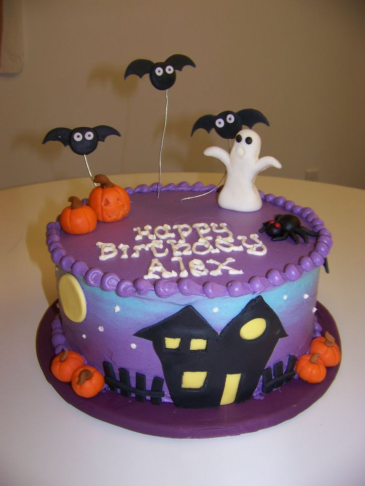 Halloween Birthday Cake Pictures  Best 25 Halloween cake decorations ideas on Pinterest