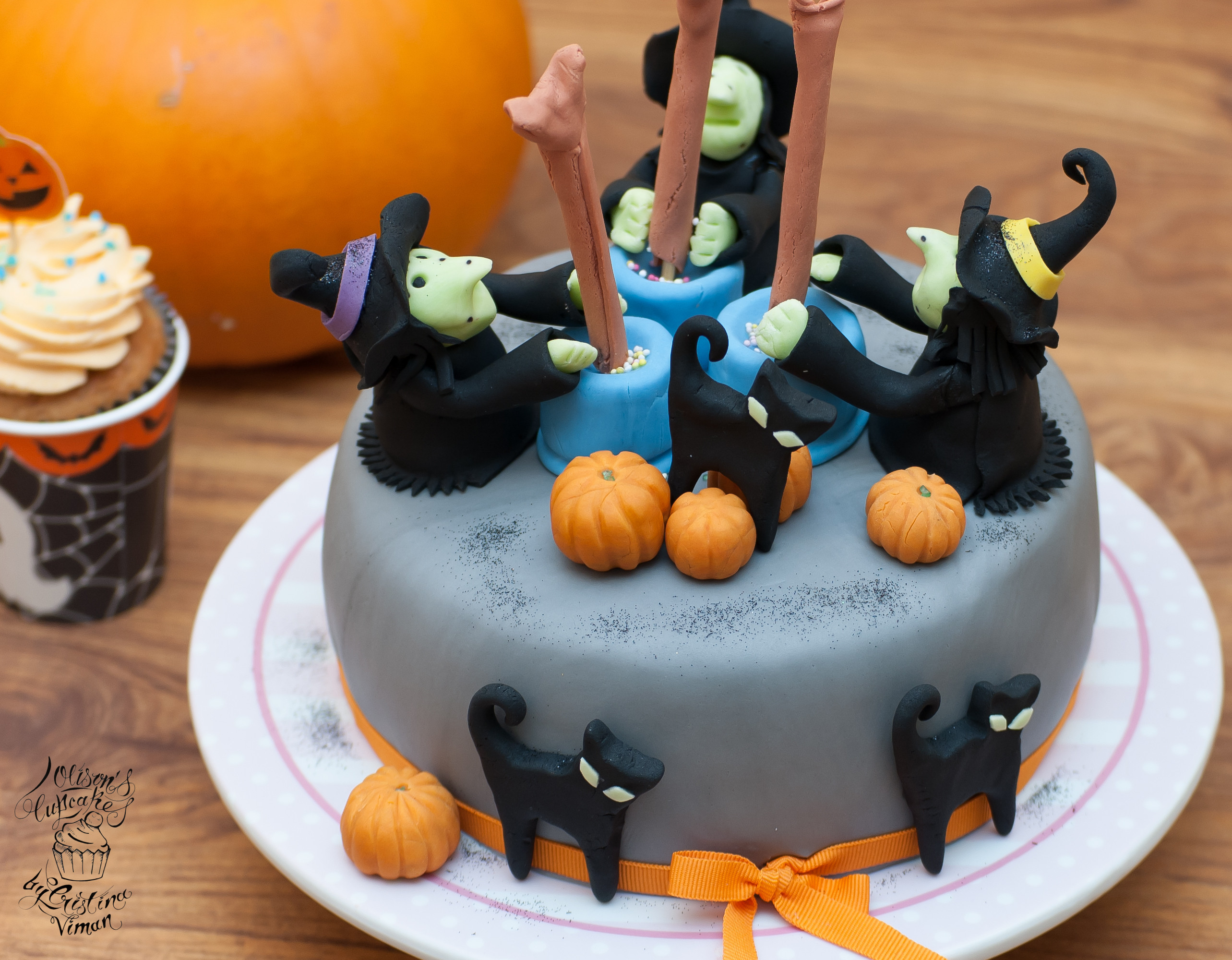 Halloween Cakes And Cupcakes  Halloween Wicked Witches Cake and Cupcakes – Olison s Cupcakes