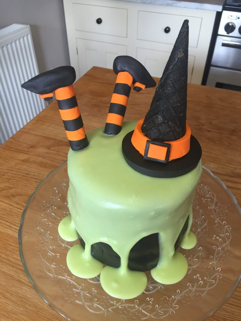 Halloween Cakes For Kids  Ding Dong the Witch is Dead Halloween Cake Recipes from