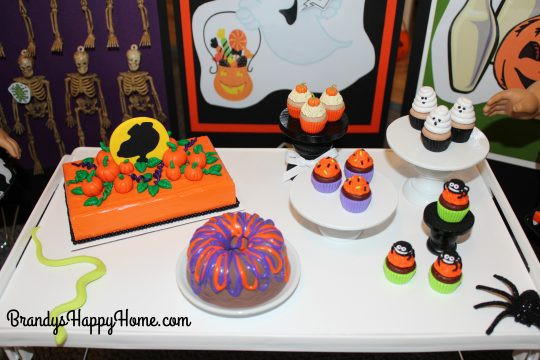 Halloween Cakes Games  DIY Halloween Cakes and Cake Walk for Dolls