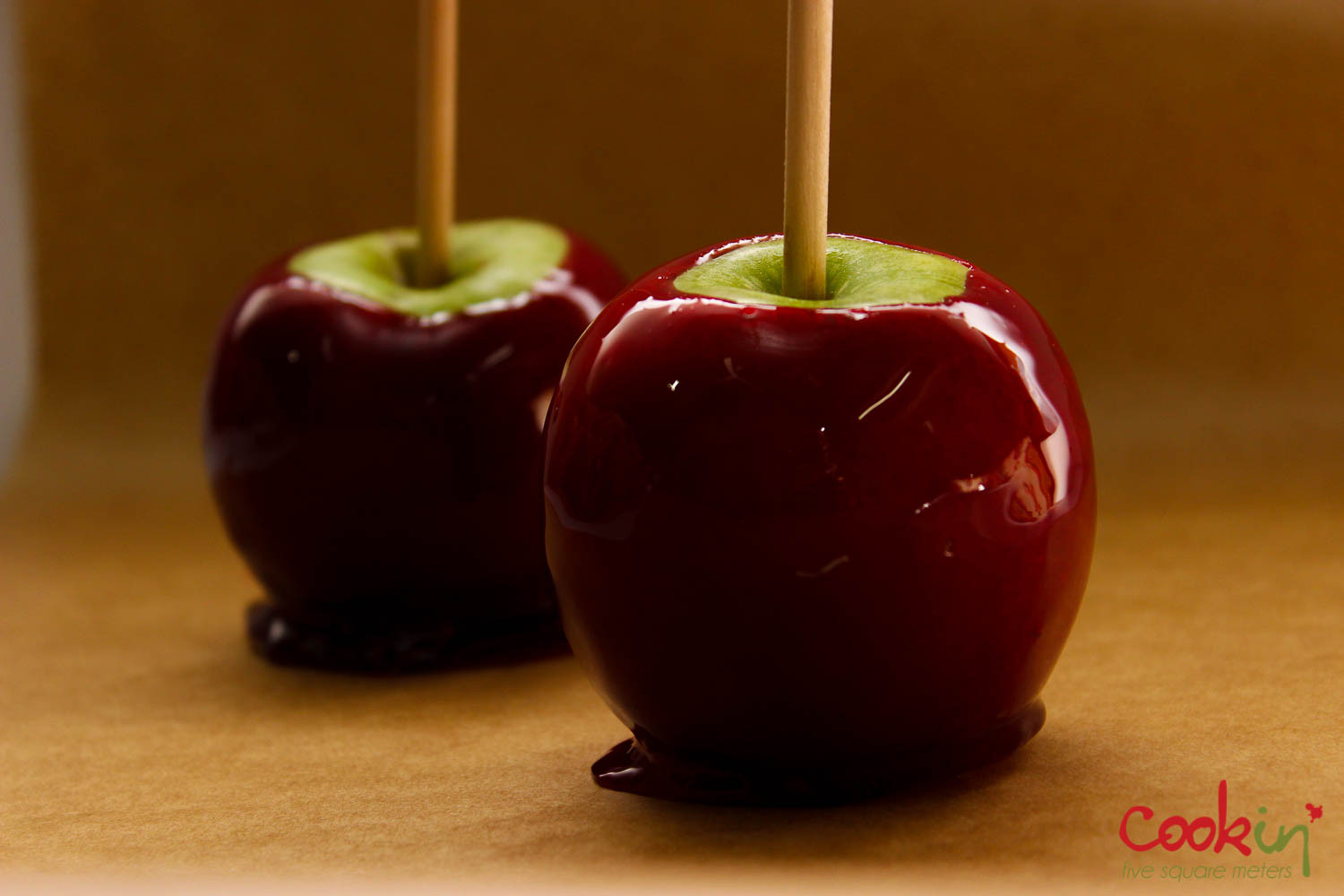 Halloween Caramel Apples  Halloween Candy Apples without corn syrup