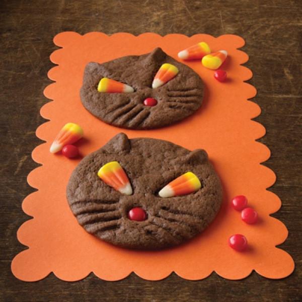 Halloween Cat Cookies  Halloween Dessert Ideas – DessertedPlanet