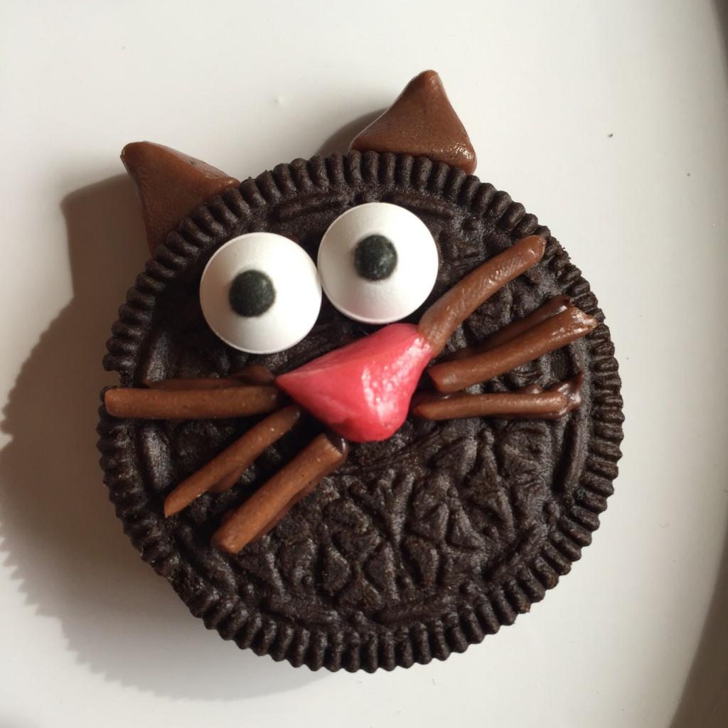 Halloween Cat Cookies  Halloween SpookySnacks – OREO Black Cats and a Fanta