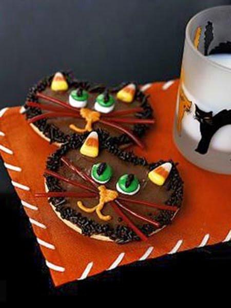 Halloween Cat Cookies  Recipes Halloween Desserts