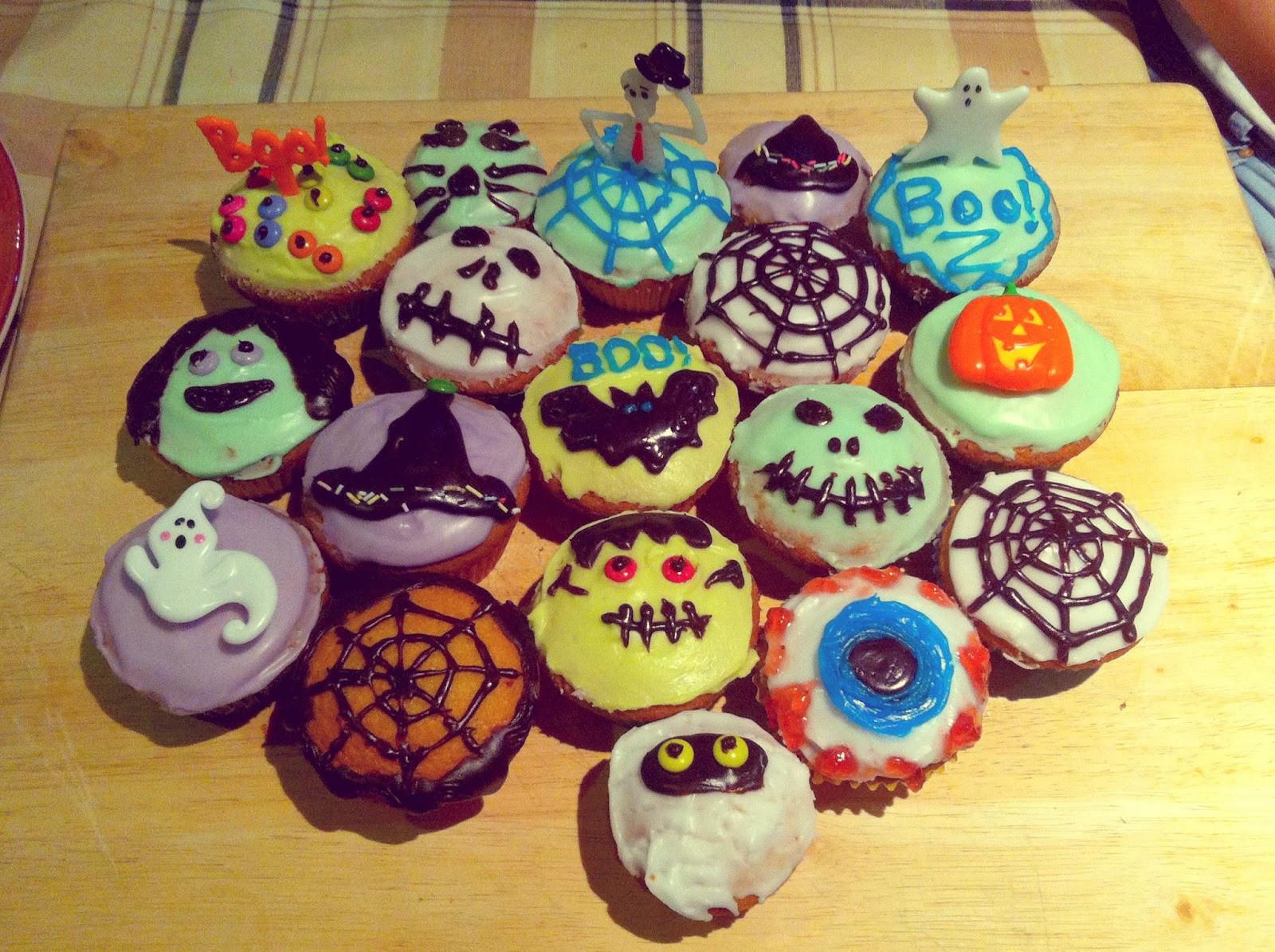 Halloween Cupcakes Decorating Ideas  Blon s Style Fix October 2013
