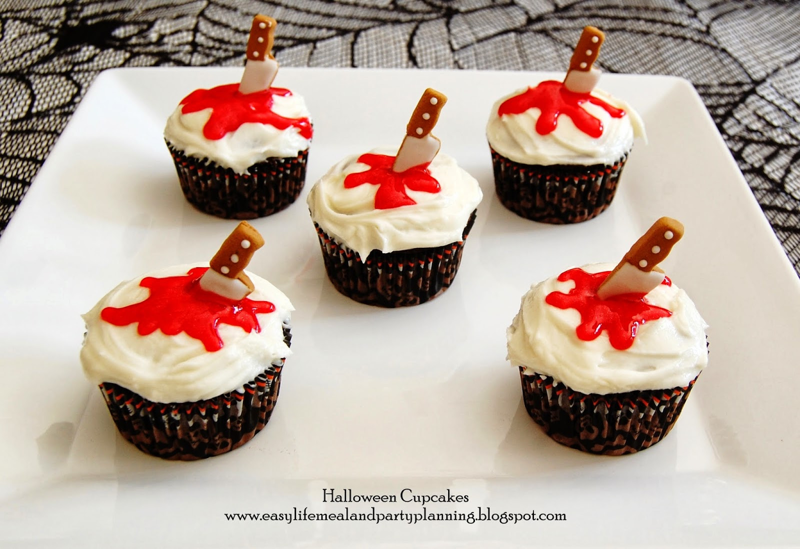 Halloween Cupcakes Recipes  Easy Life Meal and Party Planning October 2013
