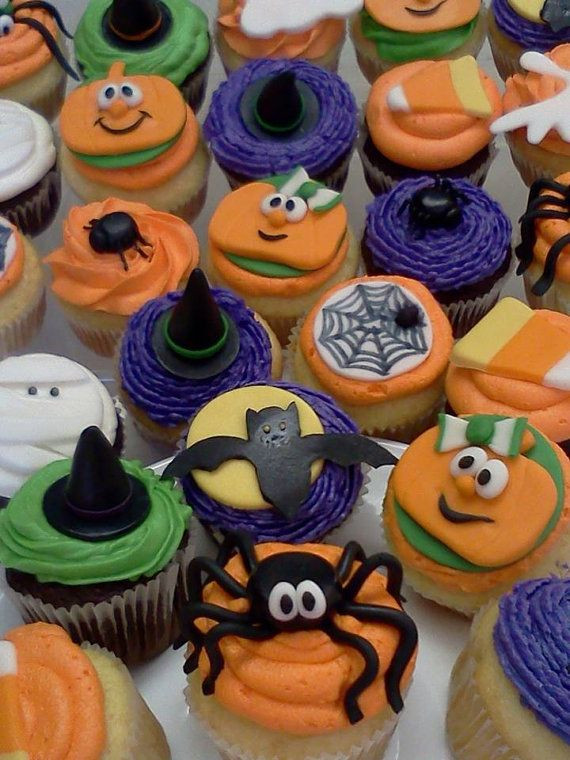 Halloween Cupcakes Toppers  36 Scary Halloween Cupcake Toppers Cupcakes Gallery