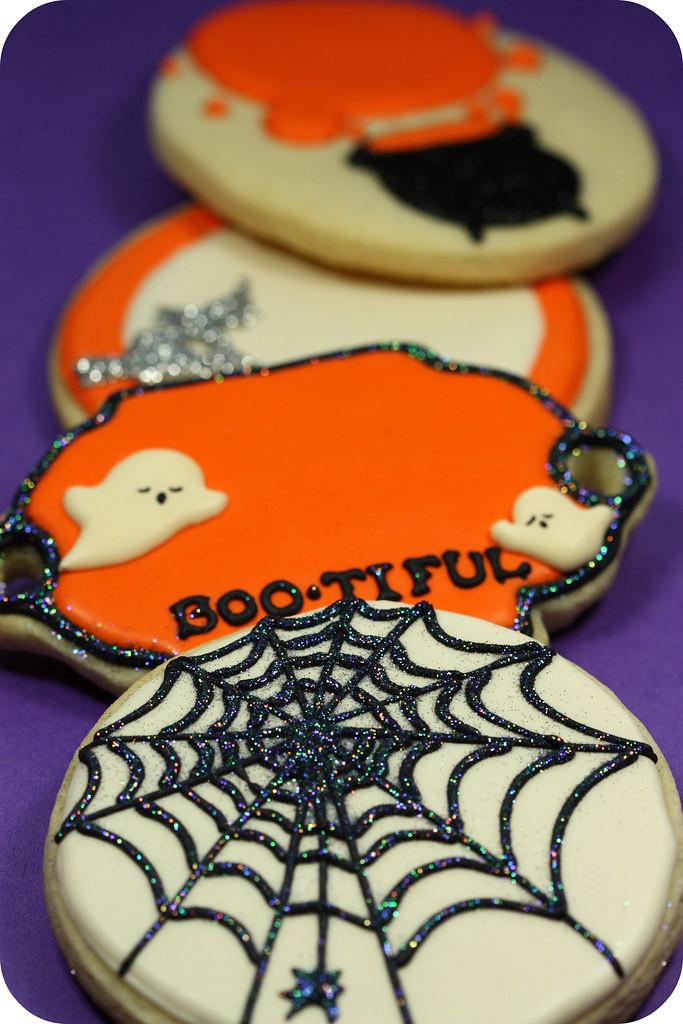 Halloween Decorated Cookies  Halloween decorated cookies sweetopia