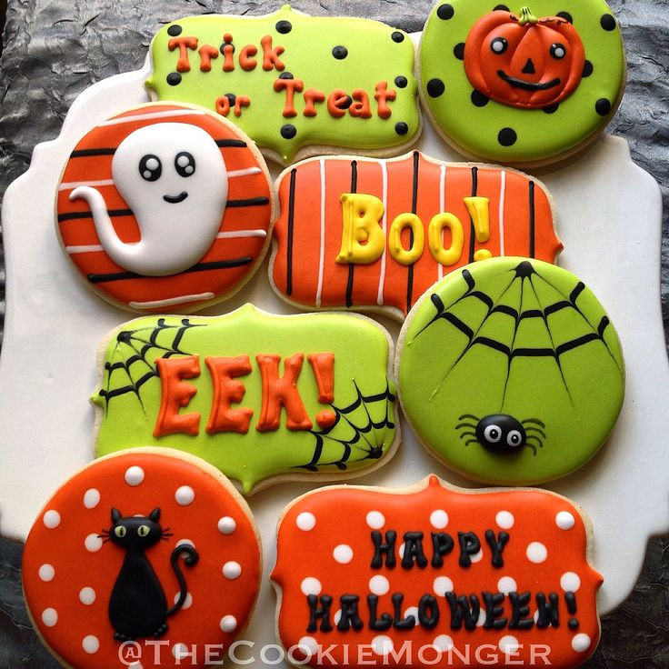 Halloween Decorated Cookies  468 best images about munity Cookie Contest Love Is