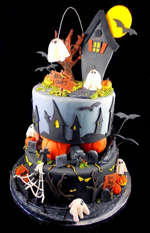 Halloween Decorating Cakes  Best 25 Halloween cake decorations ideas on Pinterest