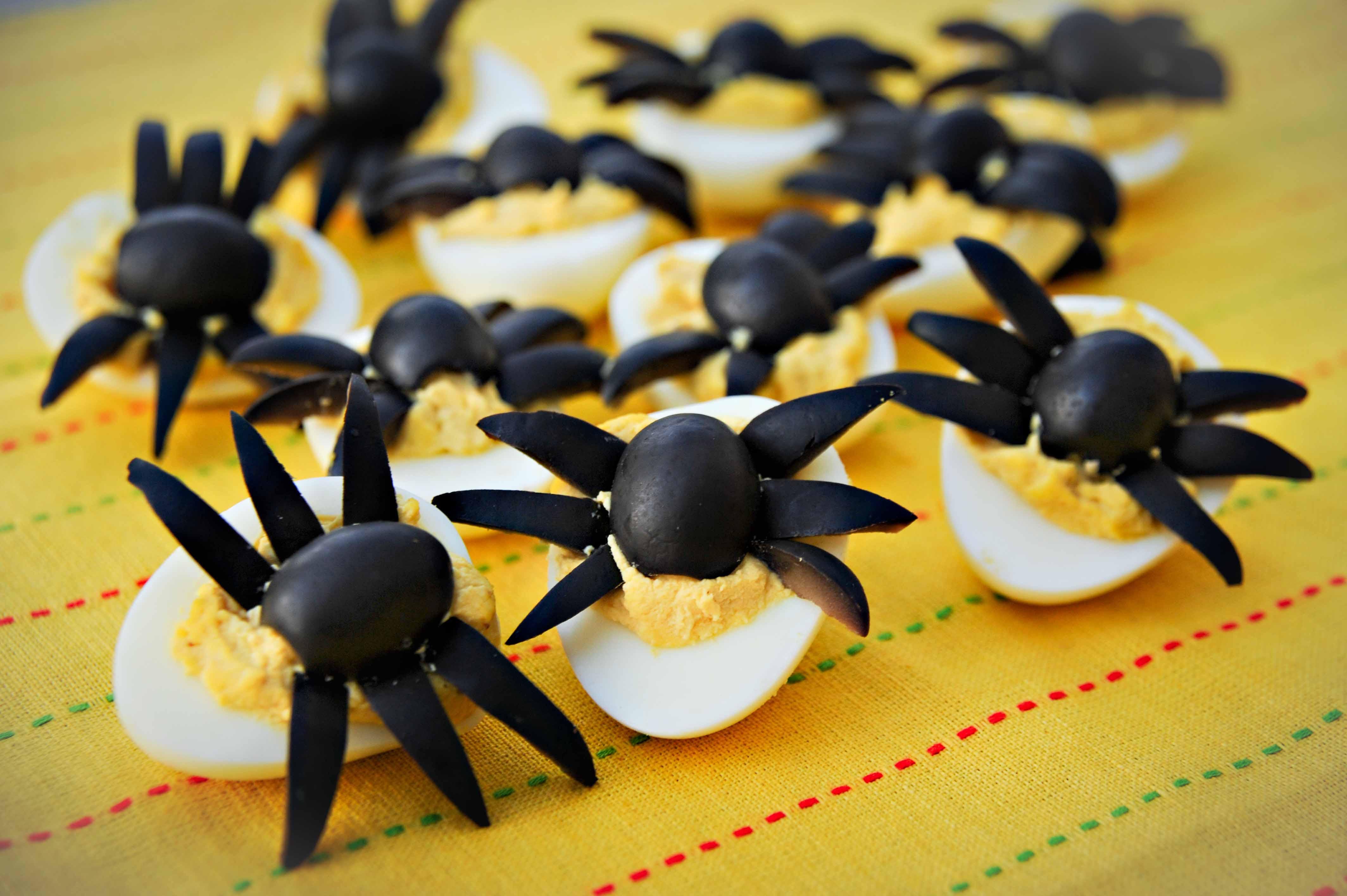Halloween Deviled Eggs Spider  sugar free halloween recipe
