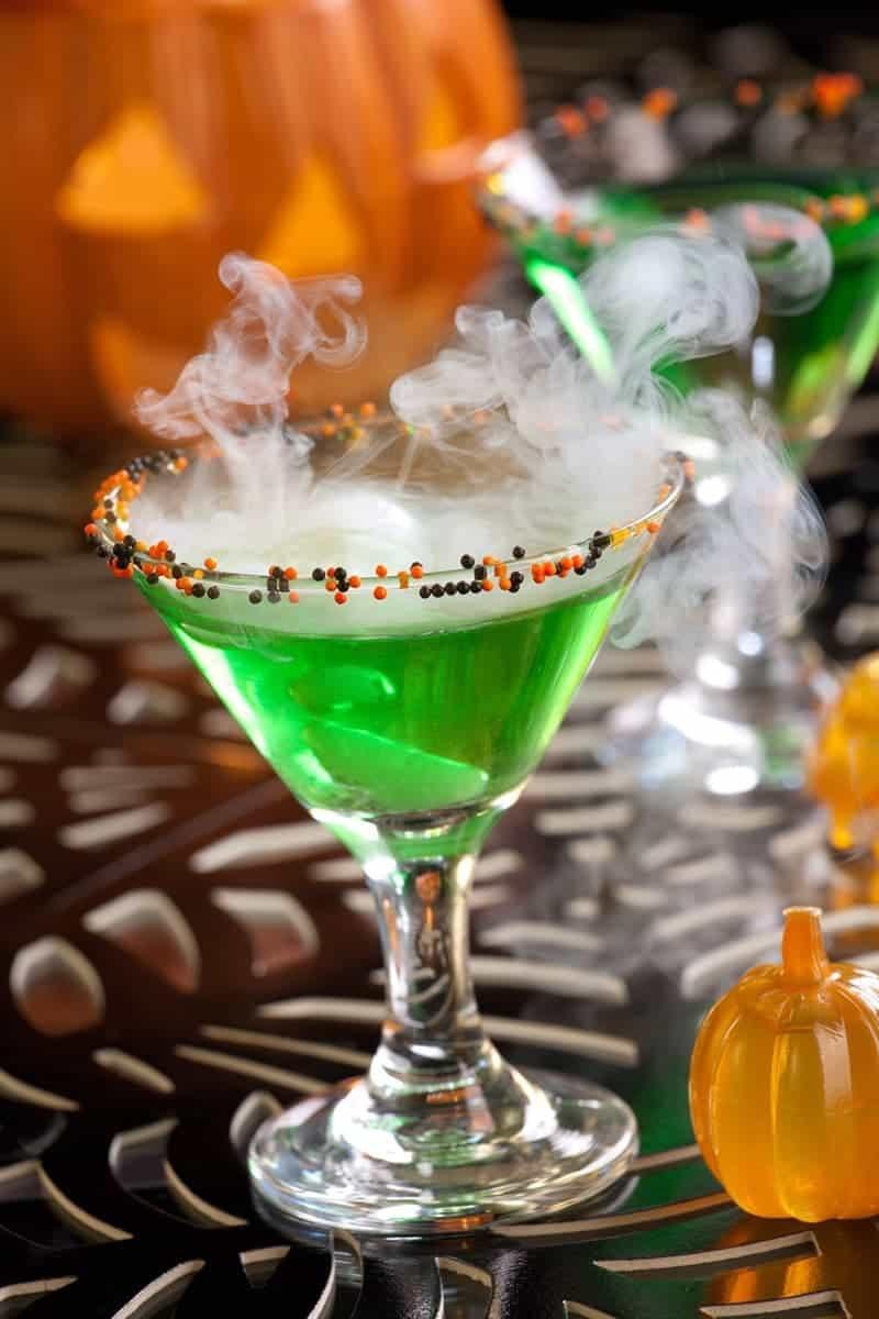 Halloween Drinks Alcoholic  Spooktacular Halloween Cocktails 730 Sage Street