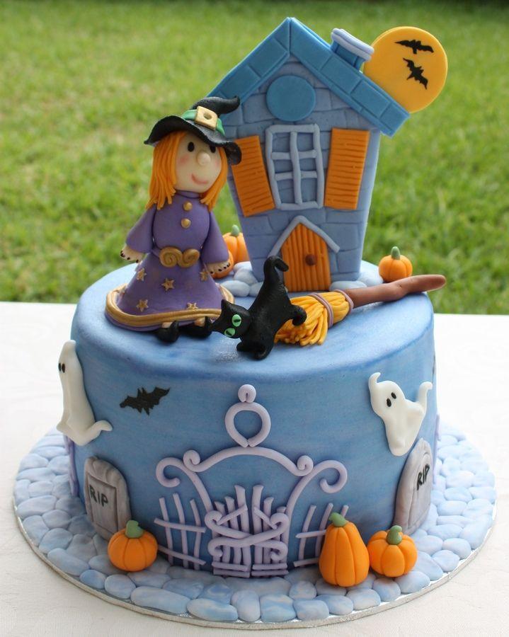Halloween Fondant Cakes  1000 ideas about Halloween Fondant Cake on Pinterest