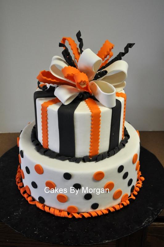 Halloween Fondant Cakes  Morgan s Cakes Fondant Halloween Cake