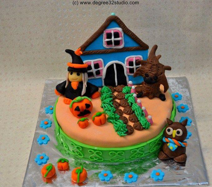 Halloween Fondant Cakes  halloween fondant cake Fondant Cakes