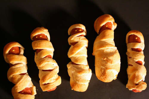 Halloween Hot Dogs Mummy  Edgemont Kids in the Kitchen Mummy Dogs Pigs in a blanket