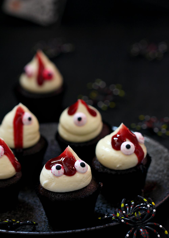 Halloween Mini Cupcakes  my bare cupboard Spookily cute cupcakes aka double