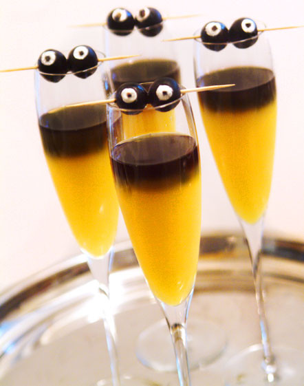 Halloween Mix Drinks  Cute Food For Kids 20 Halloween Drink Recipes for Grown Ups