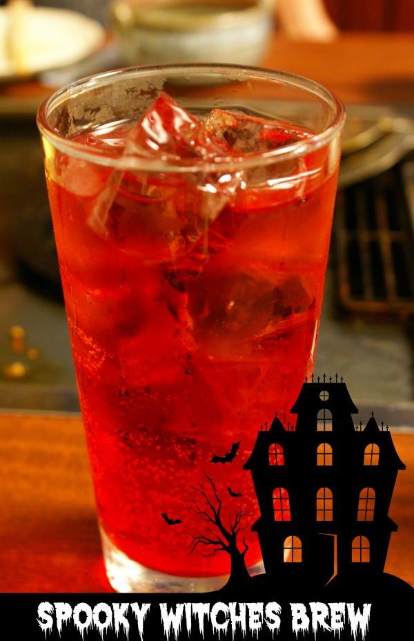 Halloween Mix Drinks  Witches Brew Halloween Cocktail Spooky Seasonal Drink