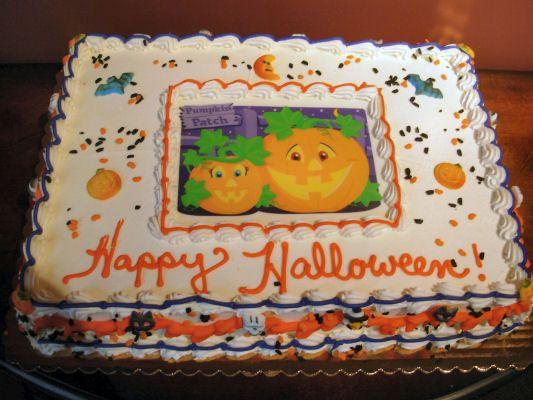 Halloween Sheet Cake  67 best Halloween sheet cakes images on Pinterest
