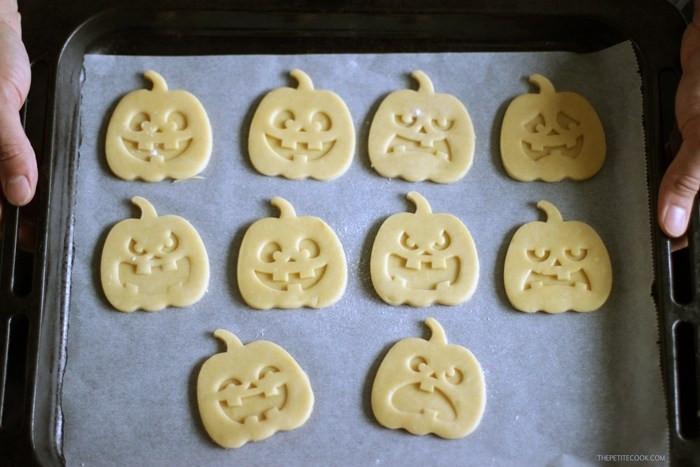 Halloween Shortbread Cookies  Halloween Shortbread Cookies The Petite Cook