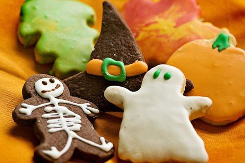Halloween Shortbread Cookies  25 Halloween Food & Recipes for an Extreme Halloween