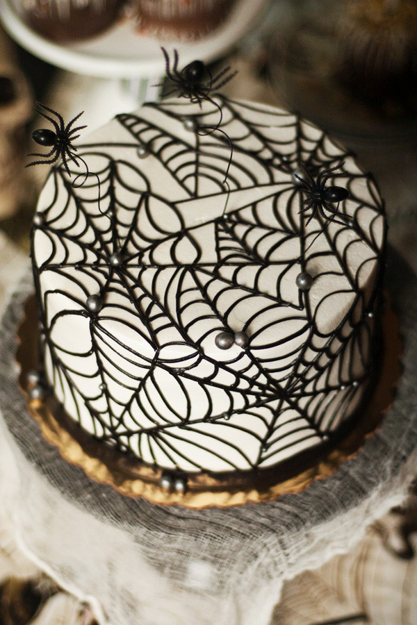 Halloween Spider Cakes  Rustic Style Halloween The Party Connection
