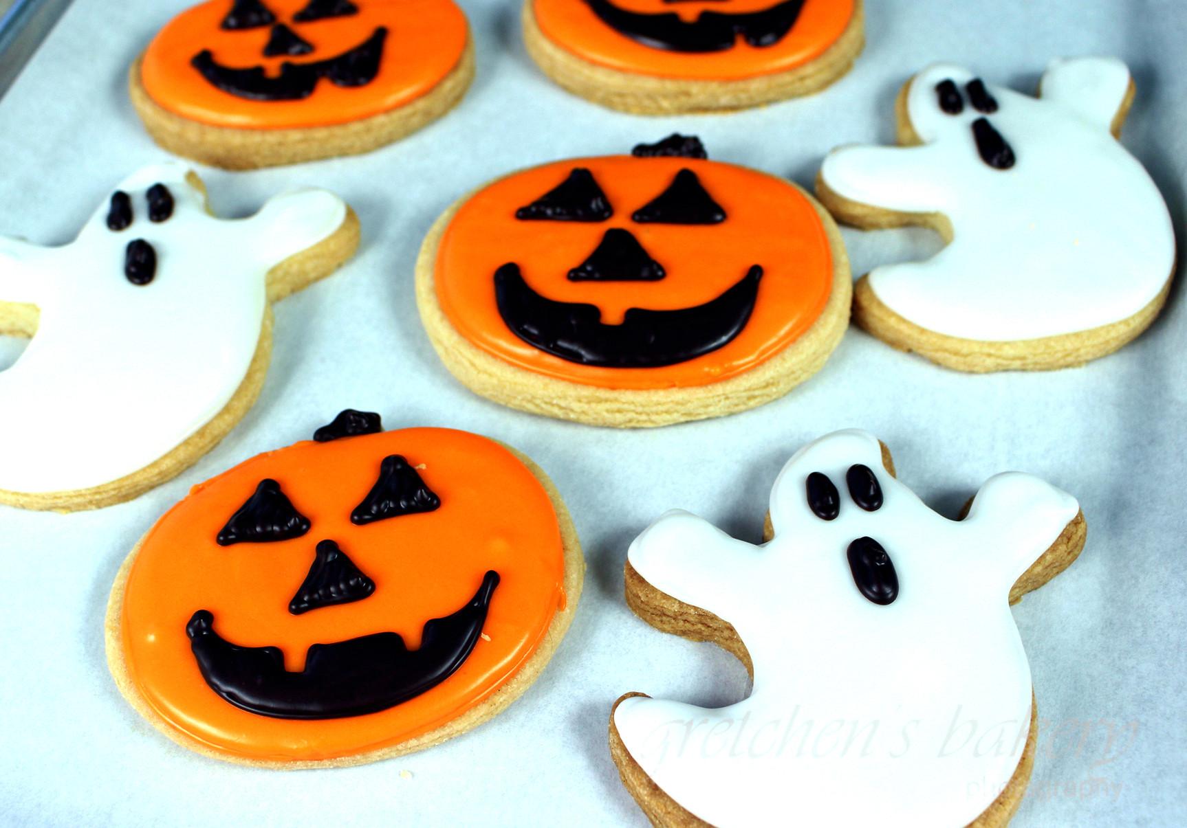 Halloween Sugar Cookies  Vegan Halloween Sugar Cookies Gretchen s Vegan Bakery