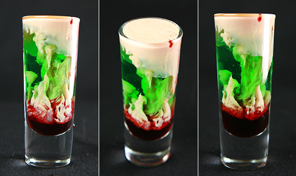 Halloween Themed Alcoholic Drinks  50 Reasons To Most Definitely Have A Halloween Wedding