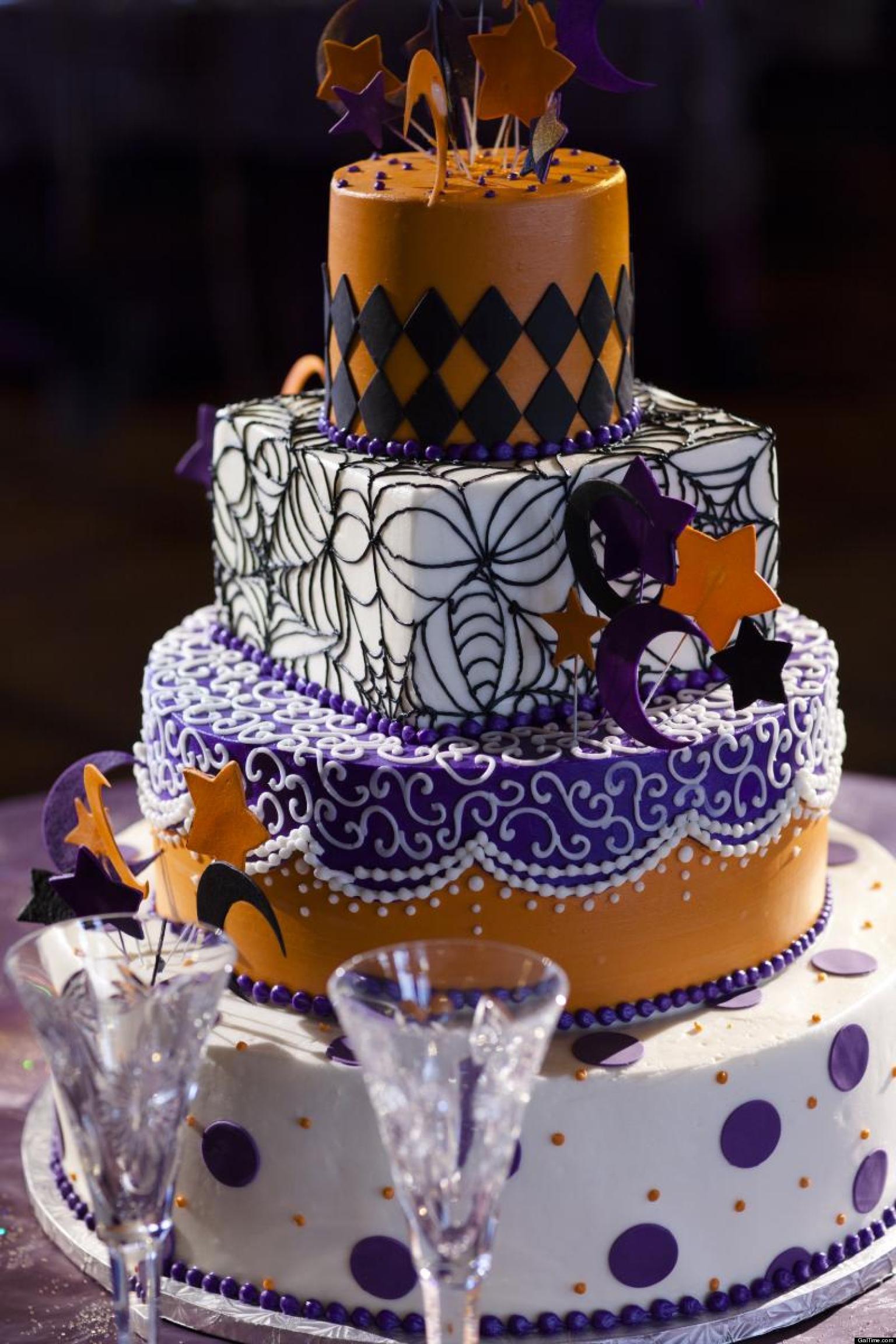 Halloween Wedding Cakes Ideas  Halloween Weddings Fab Frightening PHOTOS